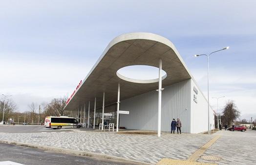 Duris atvėrė naujoji Vilkaviškio autobusų stotis