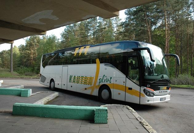 Vežėjai autobusais atnaujina susisiekimą su naujais miestais