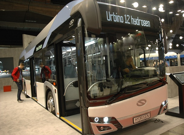 Aptartos galimybės įsigyti naujų autobusų pagal Klimato kaitos programas
