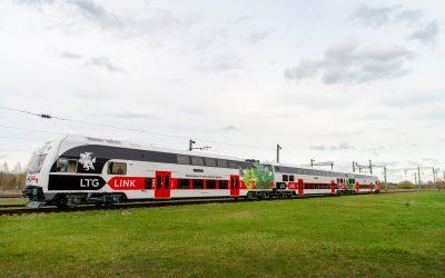 Keleivių vežėjai autobusais ir traukiniais dirbs išvien: sieks vystyti darnų susisiekimą